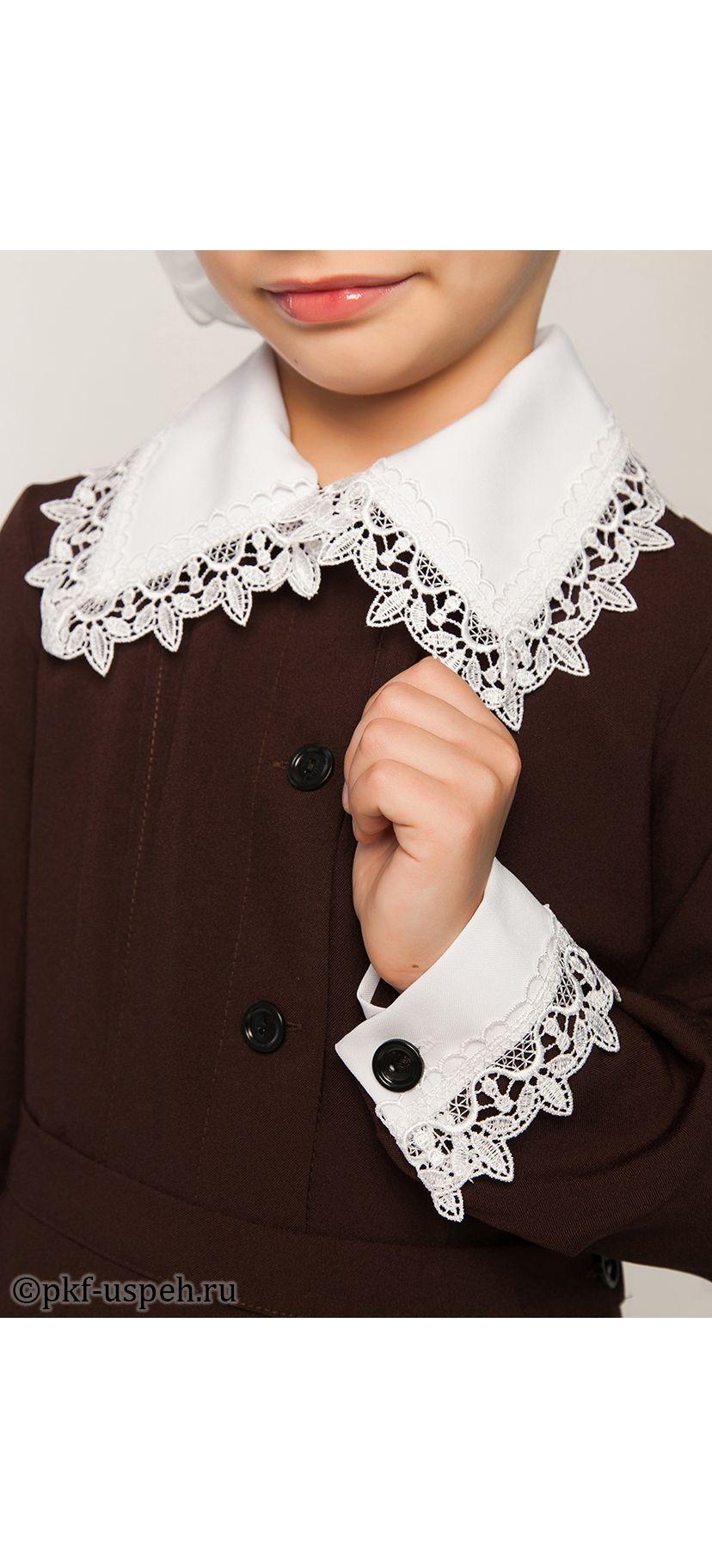 Как пришить кружева к воротнику платья